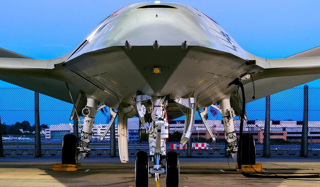 Boeing demonstrated the unmanned aerial tanker