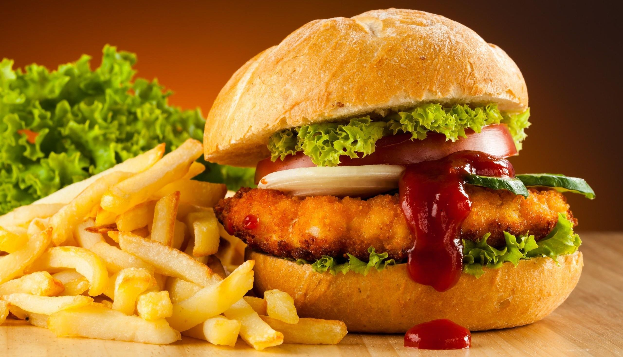 Scientists have found that fast food affects the body such as infection