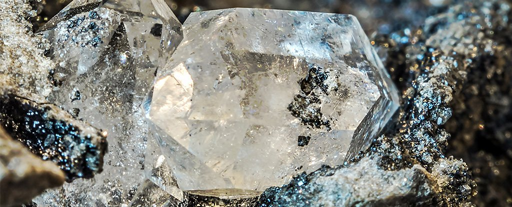 The mineralogists found in terrestrial diamonds