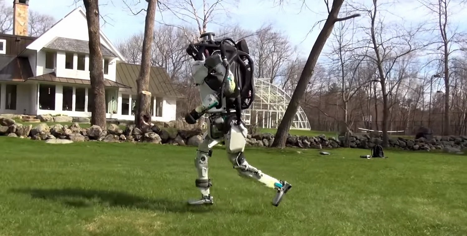 #video of the day | the Robots Atlas and SpotMini on a walk
