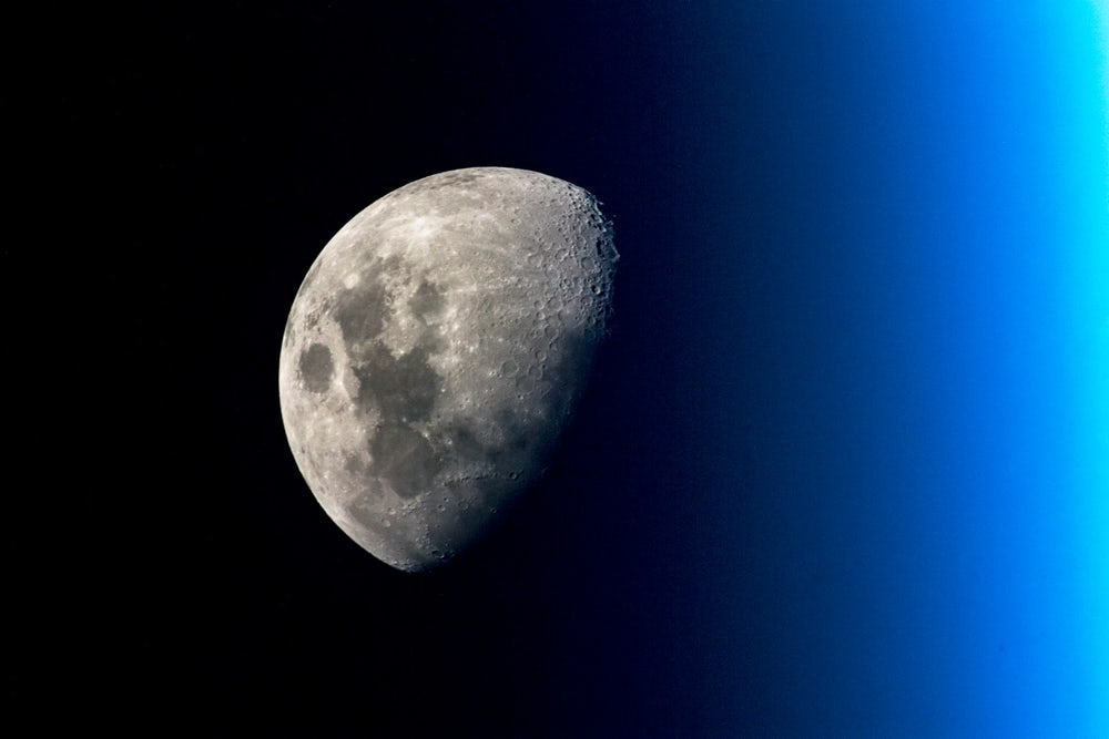 The main problem of the future colonists of the moon – dust