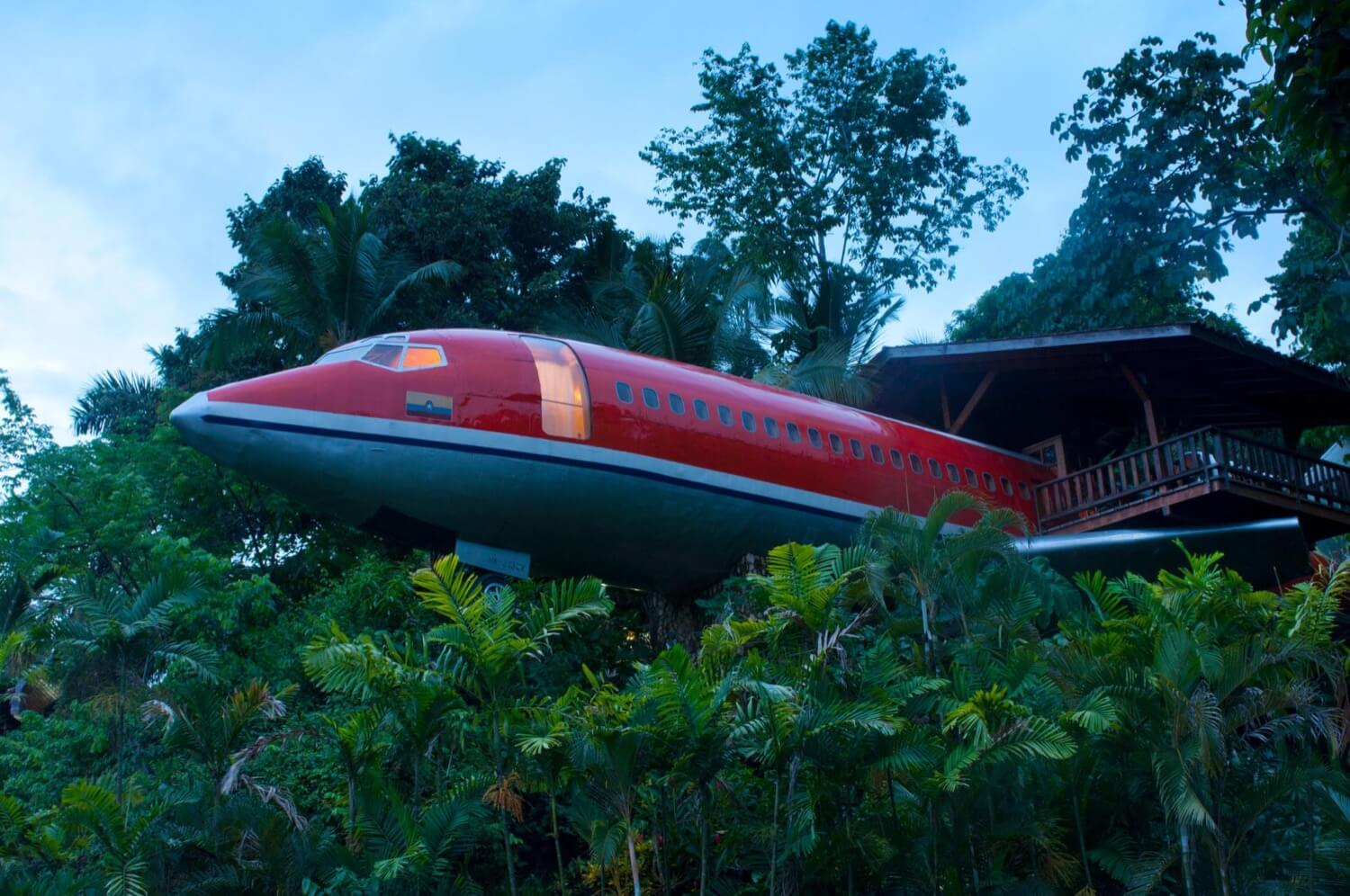 Boeing 727 turned into luxury hotel
