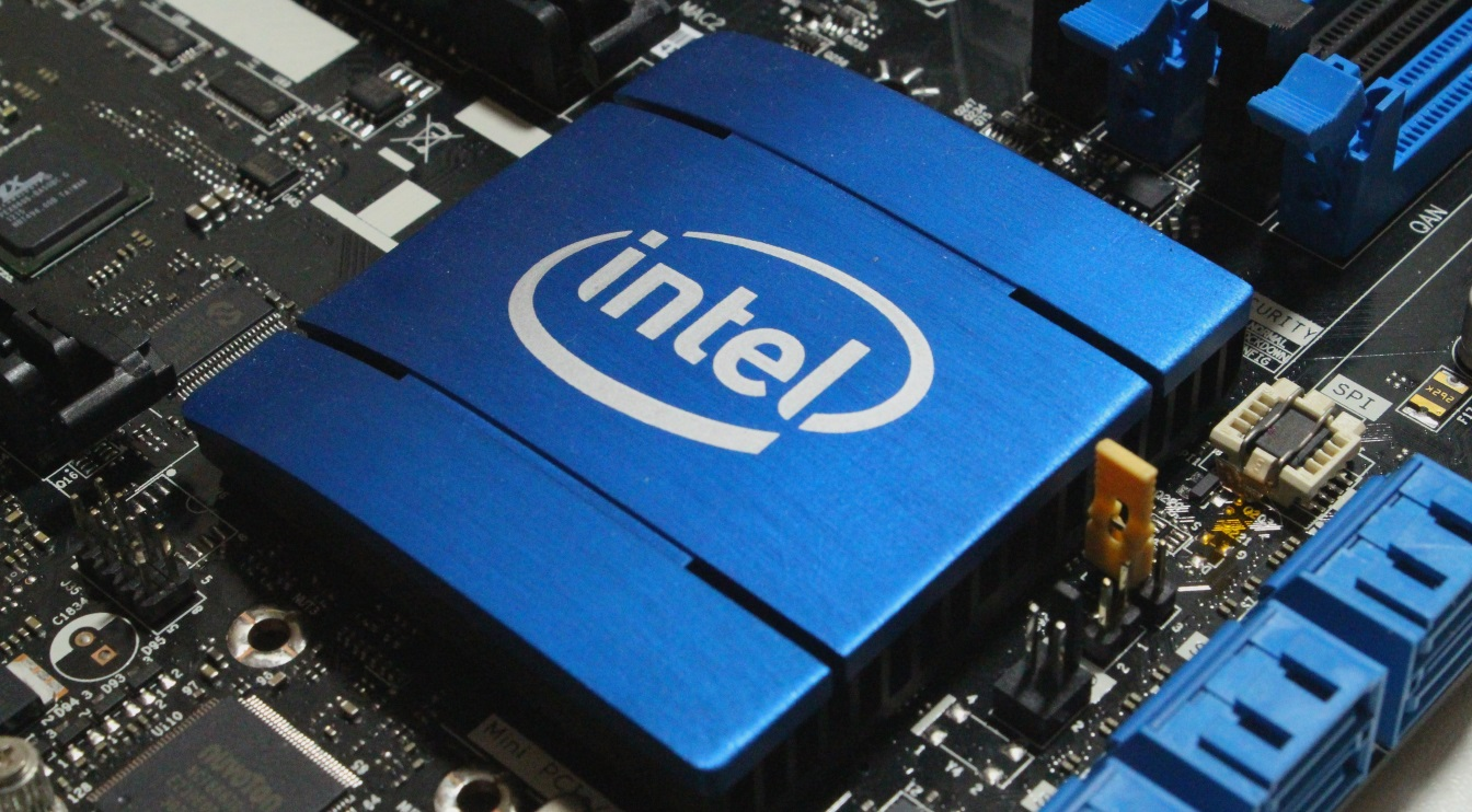 9-th generation Intel CPU with 8 cores will be presented October 1