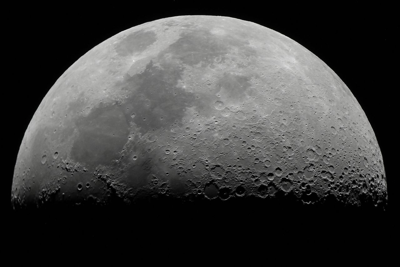 Astronomers have confirmed the presence of ice on the moon