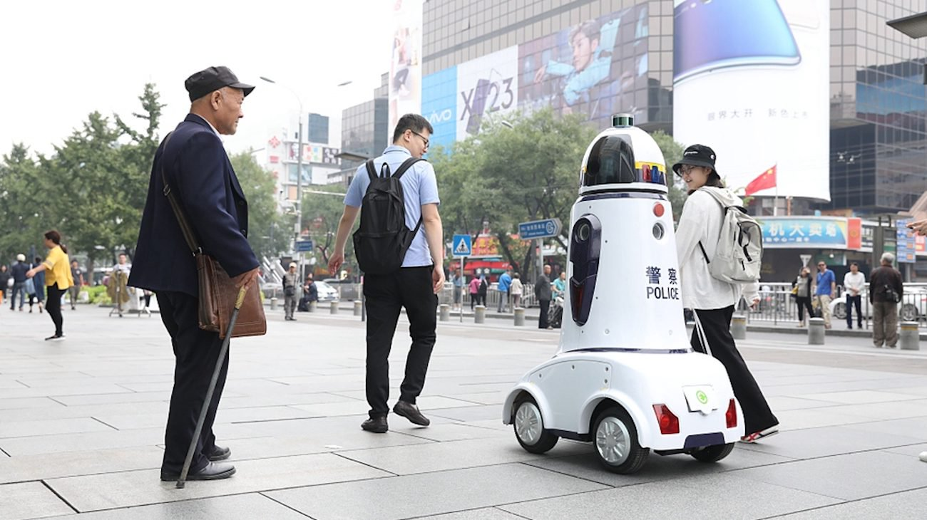 At MIT teach robots to navigate on city streets
