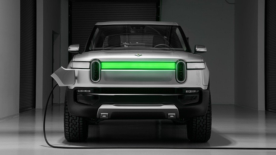 In the United States presented the first electric pickup. And it's not Tesla