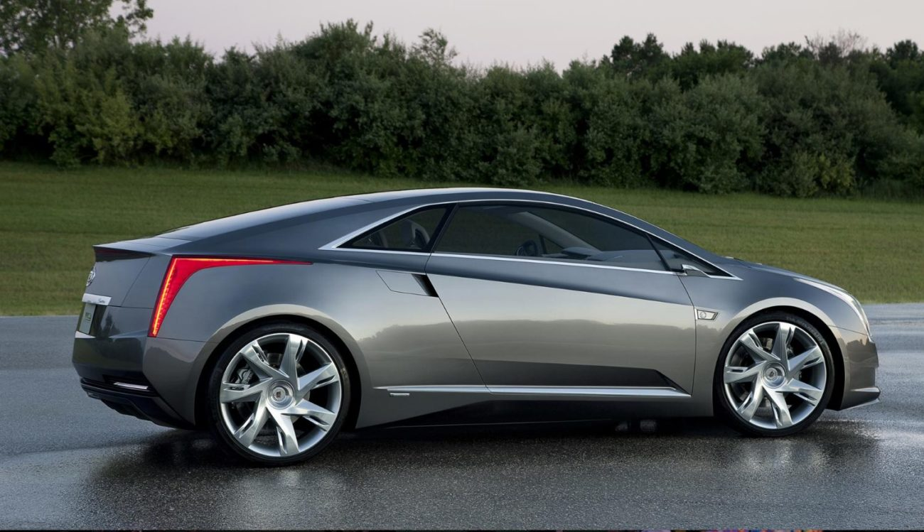 Electric Cadillac wants to become a competitor to Tesla: will it succeed?