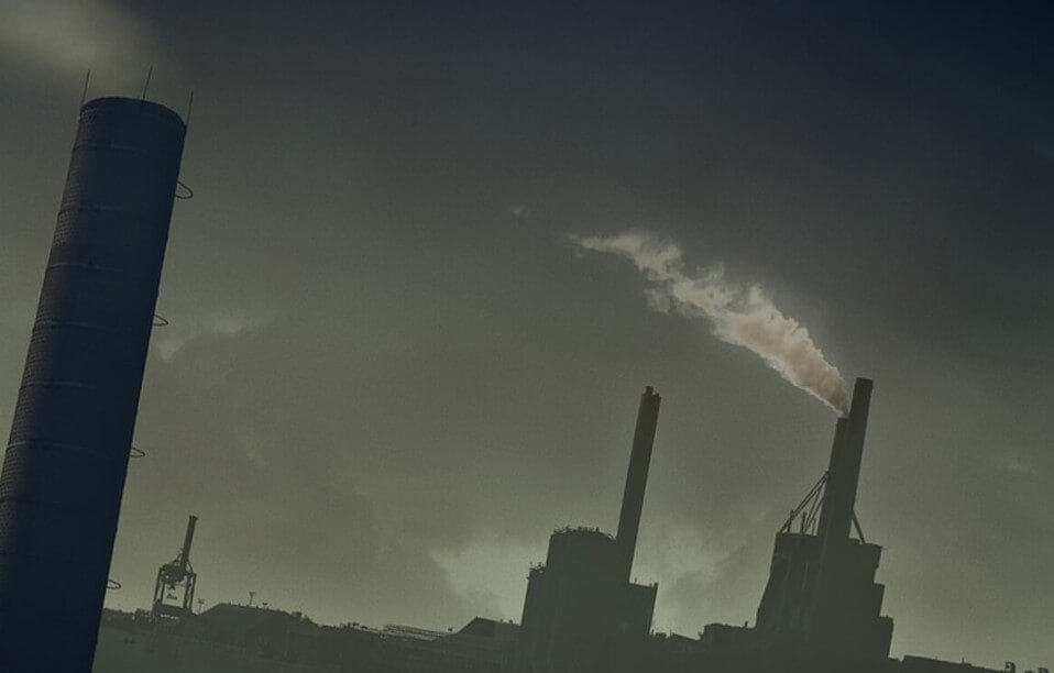 How old polluted air shortens people's lives?
