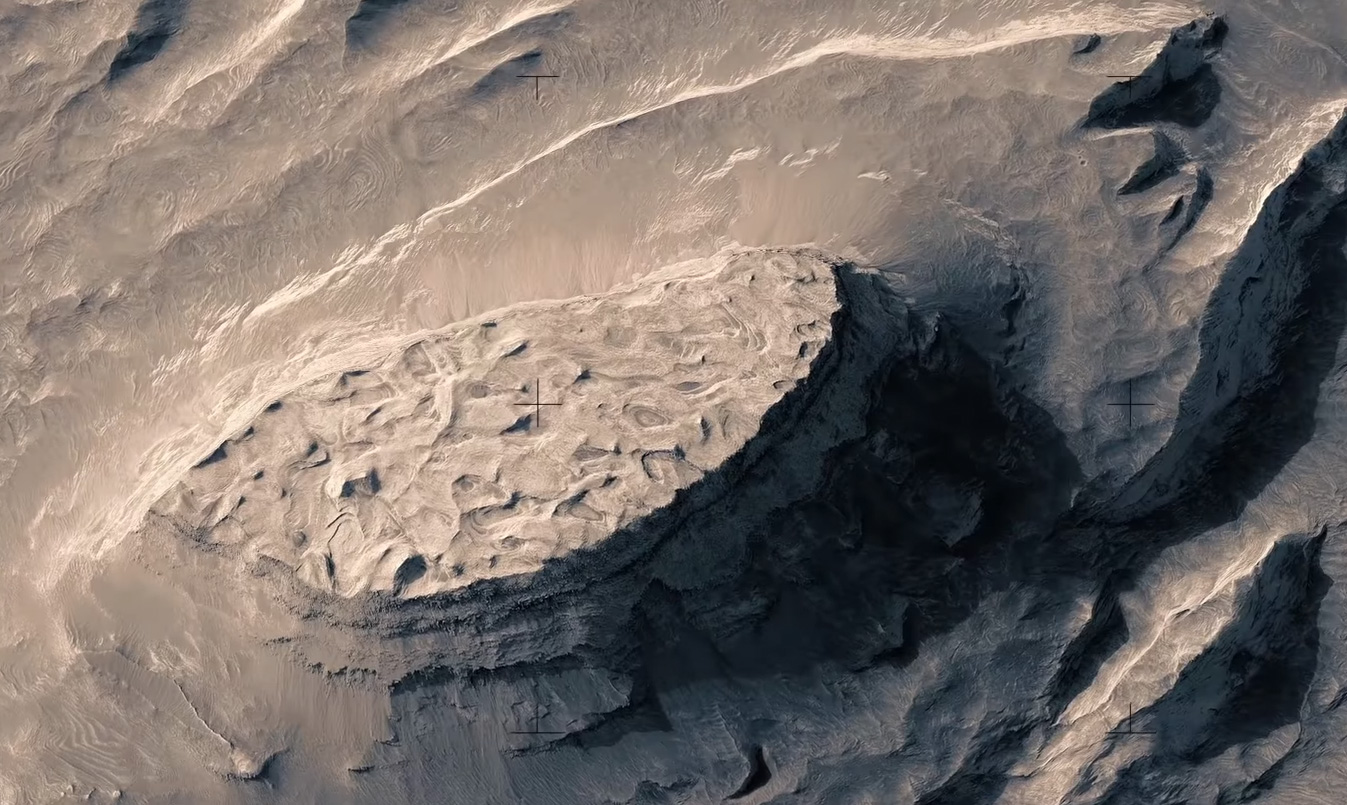#video of the day | the Incredibly beautiful flight over the surface of Mars