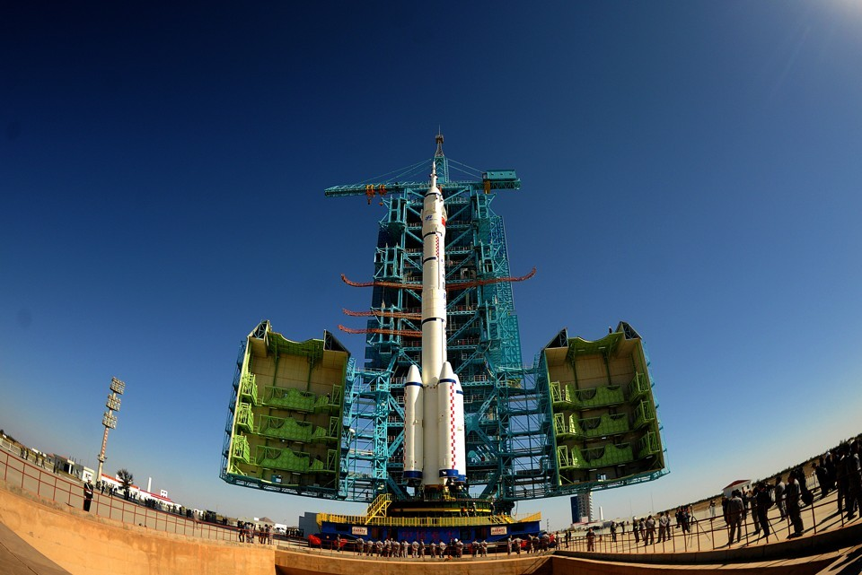 China is discussing with ESA the possibility of building a lunar orbital base