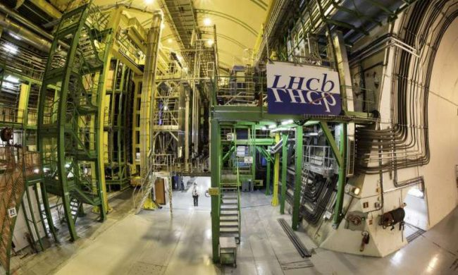 LHCb found new hints on possible deviations from the Standard model