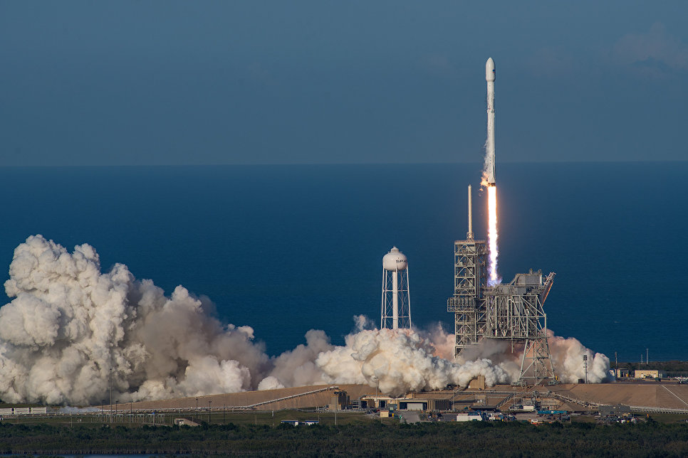 The first stage of Falcon 9 made a successful landing after the launch of a secret satellite