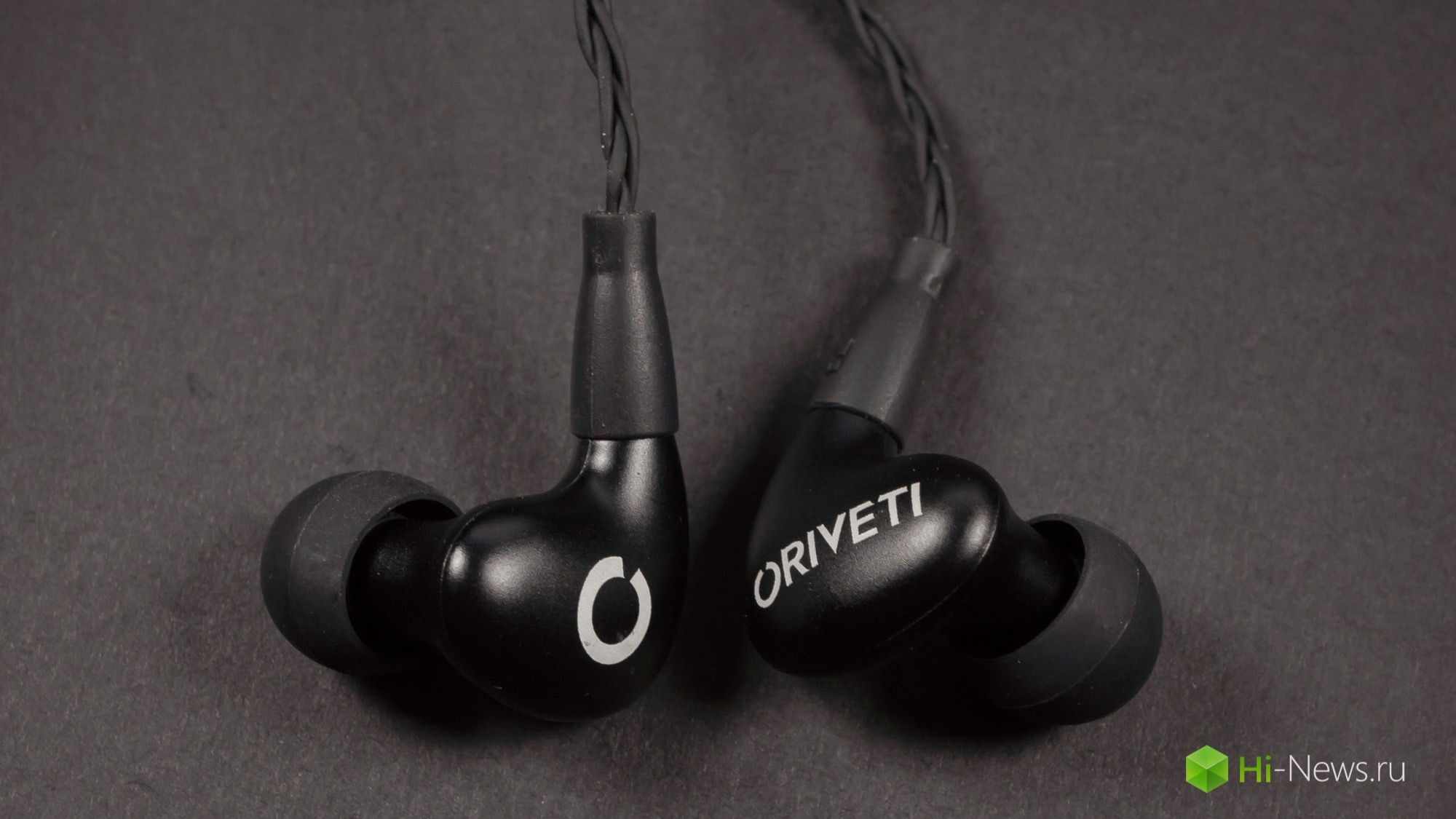 Review headphones Oriveti New Primacy — leaps and bounds