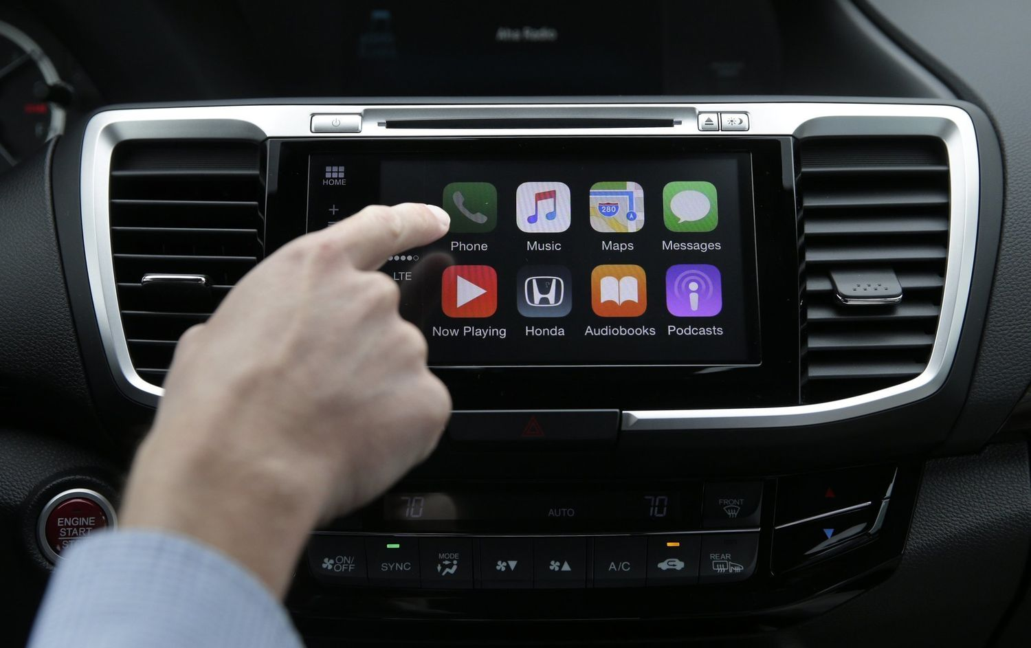 Tim cook admitted that Apple is working on a car with autopilot