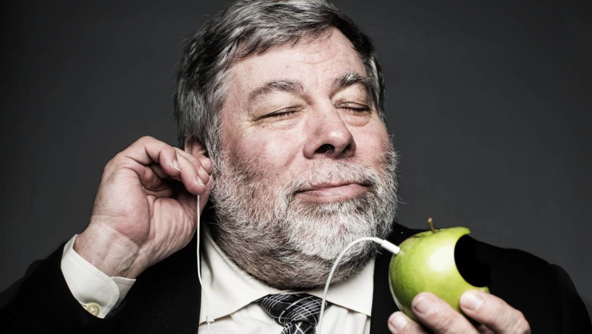 Steve Wozniak will visit Moscow and will read an open lecture at MSU