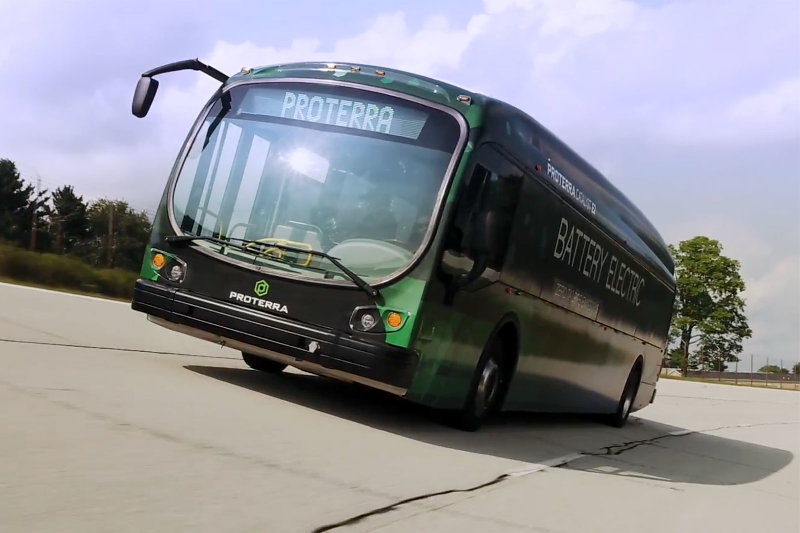 Electric buses set a record, driving 1772 kilometers on a single charge