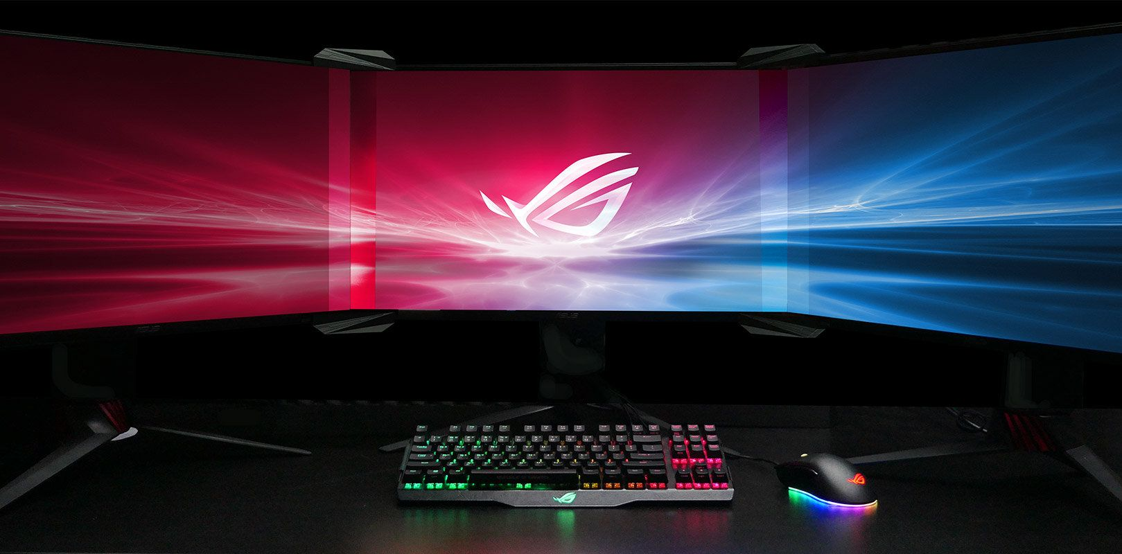 Asus has designed the lenses to mask the space between the monitors