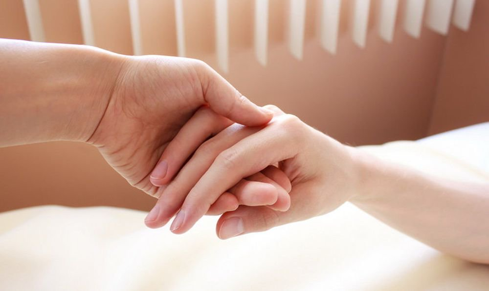 Touch a loved one has a pain relieving effect