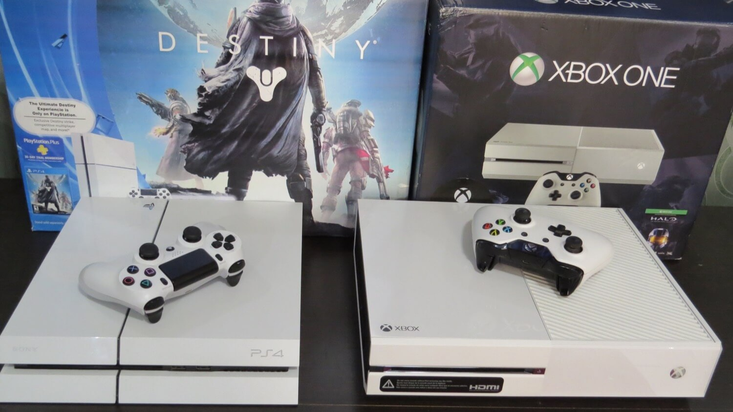 PlayStation 4 vs Xbox One 5 years later. Who made the right choice