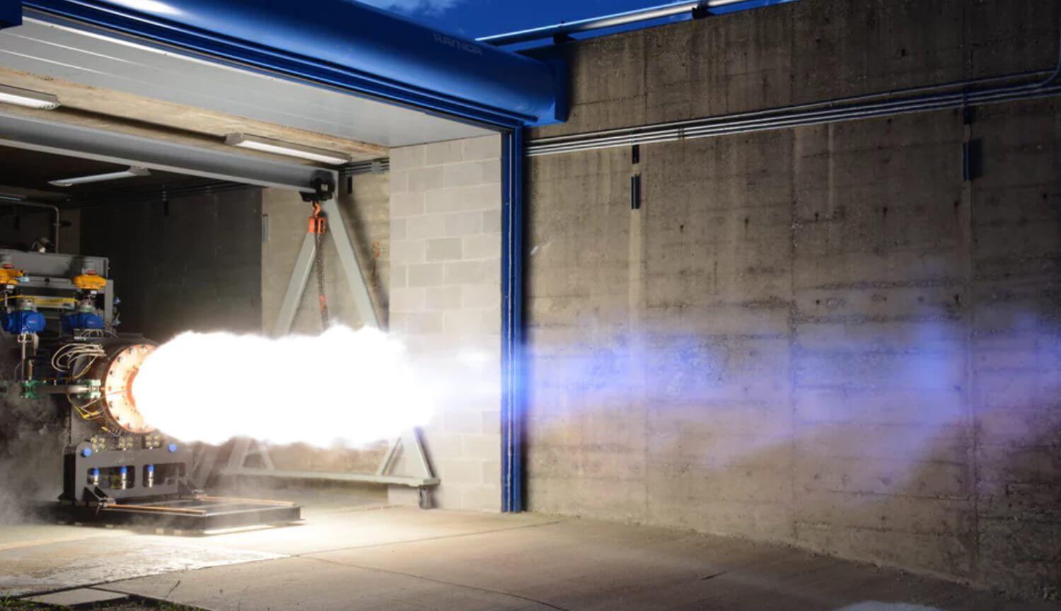 Test firing of the spacecraft engine, the Dream Chaser completed successfully