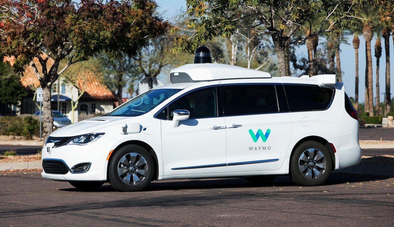 Unmanned vehicles Waymo traveled more than 16 billion kilometers... but not on the ground