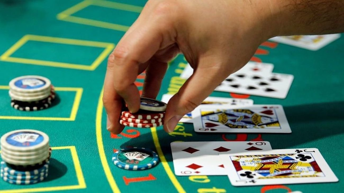 What will make the artificial intelligence that defeated the people in poker