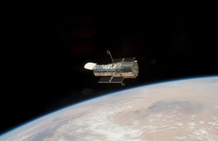"How long will last the telescope ""Hubble""?"