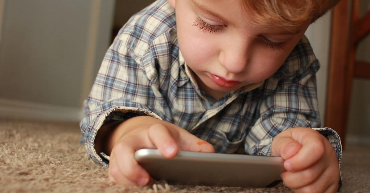 How gadgets affect children's brain