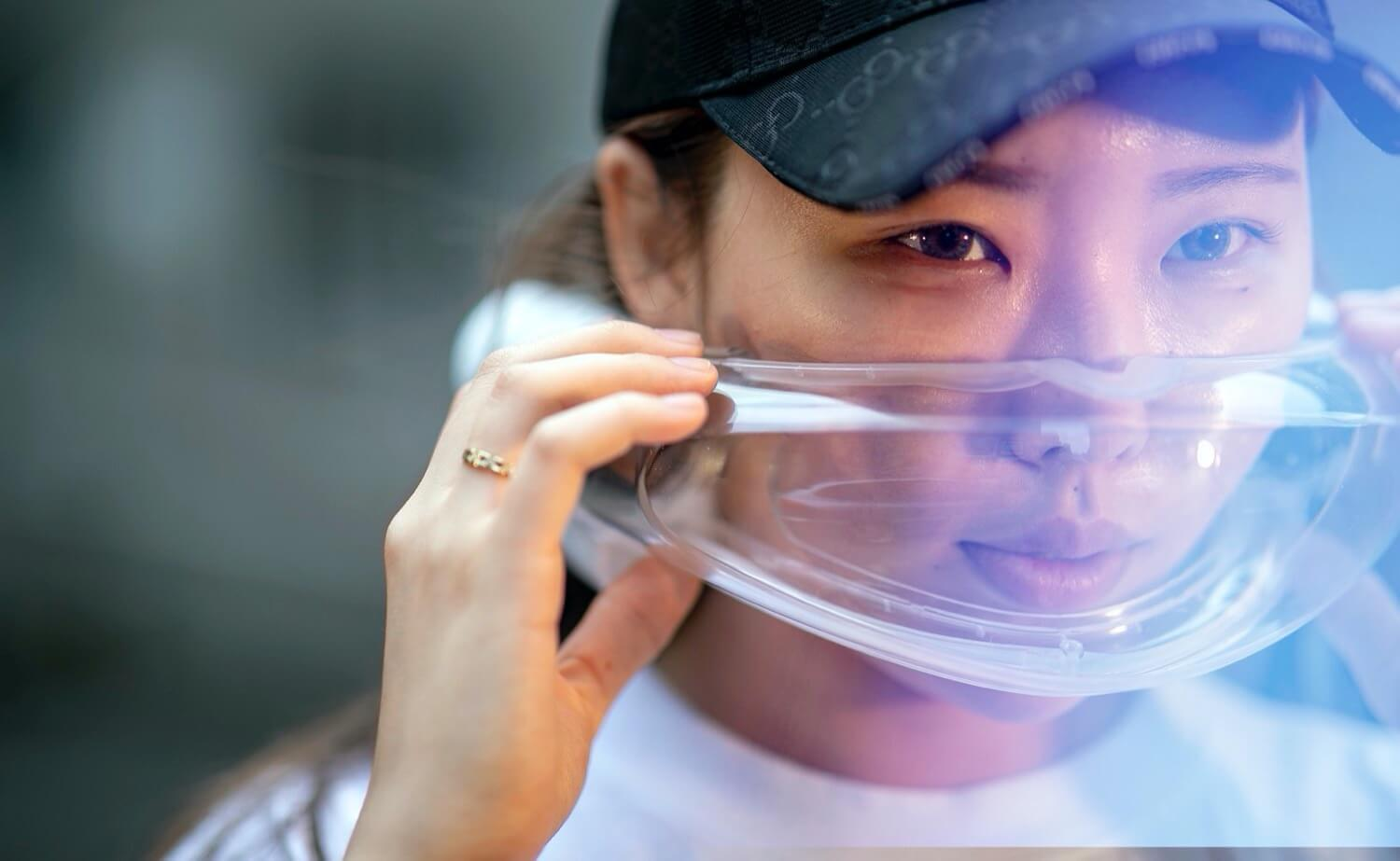 Protective face masks, cleaning the air — trend 2020?